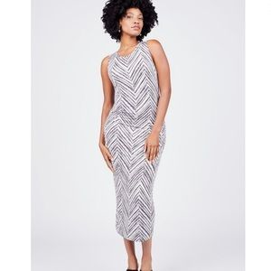 NWOT Summer & Sage Chevron Ruched Dress